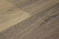 Kährs Parkett Artisan Collection Landhausdiele Eiche Concrete, handgehobelt, angeräuchert, grau geölt, 15 x 190 x 1900 mm (2,17 m² / Paket)