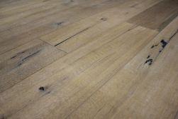 Kährs Parkett Artisan Collection Landhausdiele Eiche Linen, handgehobelt, weiß/grau geölt, 15 x 190 x 1900 mm (2,17 m² / Paket)