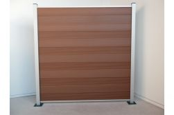 Komplettset WPC Zaun / Sichtschutz / Steckzaun, braun / silber eloxiert 1850 mm (Höhe) x 20 mm (Stärke) x 1800 (Breite) mm, Zaunhöhe inkl. Start und Abschlussprofil (Serie WoodoTexel ohne Pfosten)